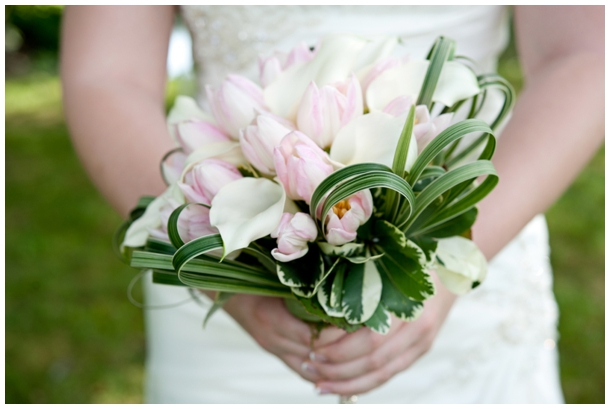 pink and ivory bridal bouquet