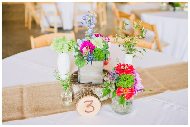 simple rustic centerpiece